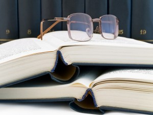 575561-books-and-glasses